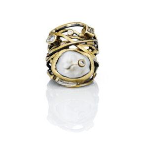JB_ring_pearl_diamonds_HugePearl