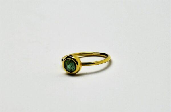 Cabochon Saffier ring