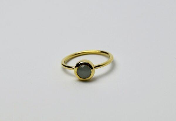 Cabochon aquamarijn ring